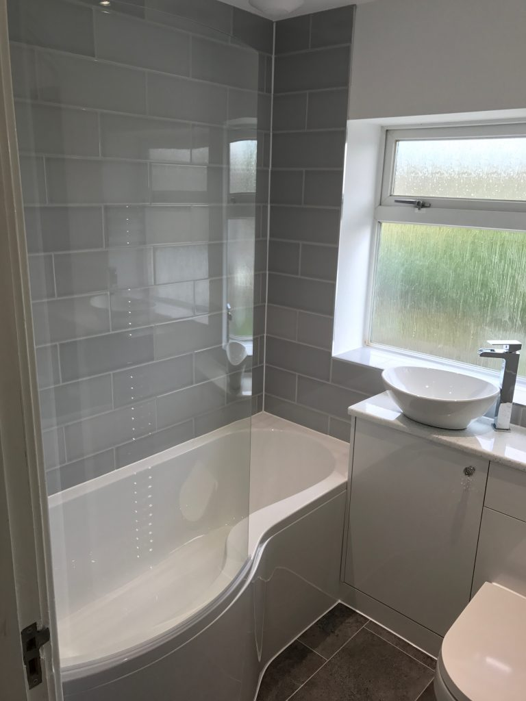 Bathroom Project Bedfordshire - TNM Property Services0594