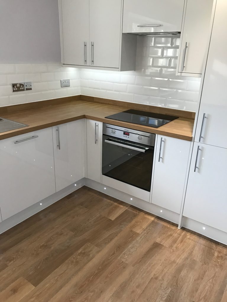 Kitchen Project Bedfordshire - TNM Property Services0656