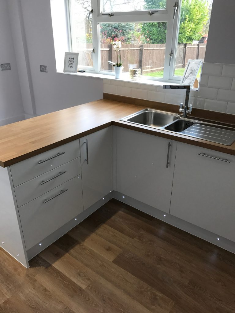 Kitchen Project Bedfordshire - TNM Property Services0657