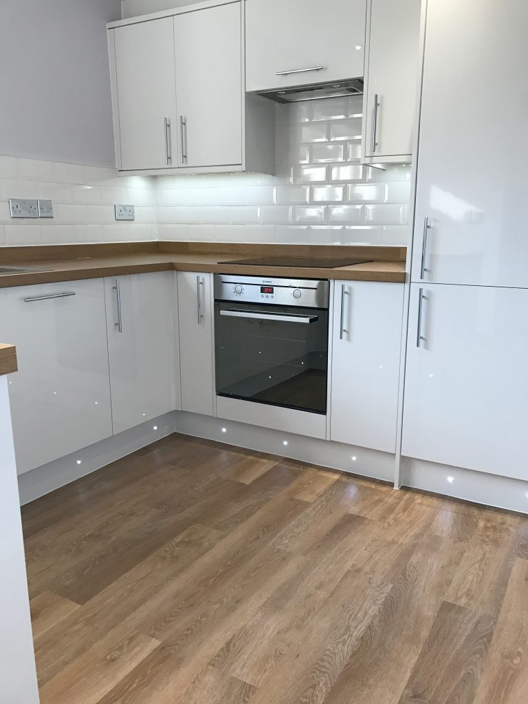 Kitchen Project Bedfordshire - TNM Property Services0661