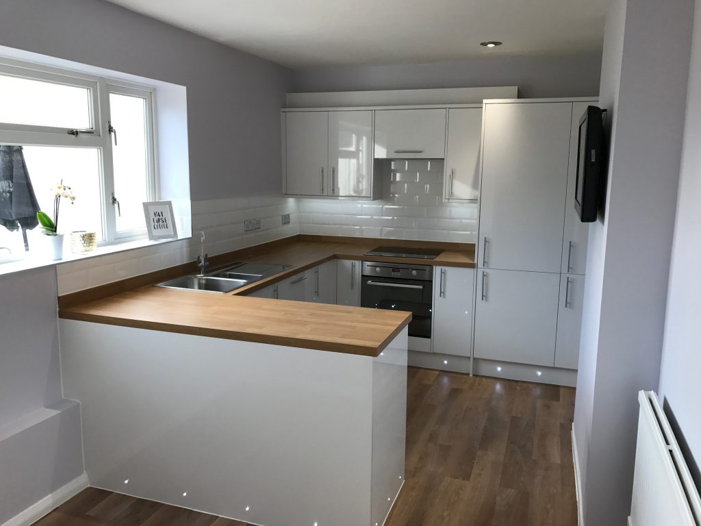 Kitchen Project Bedfordshire - TNM Property Services0665
