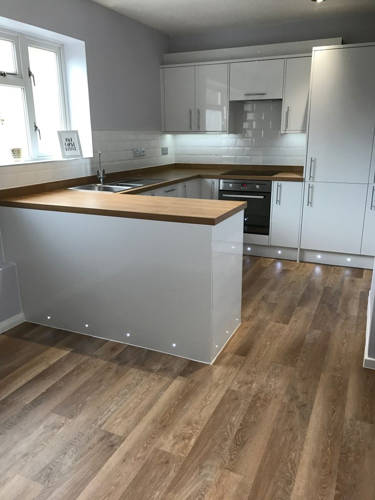Kitchen Project Bedfordshire - TNM Property Services0679
